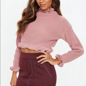 Cropped frill sweater